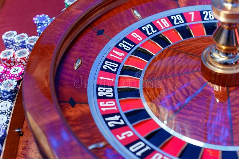 If You Need To Achieve Success In Online Casino, Here Are 5 Invaluable Things To Know